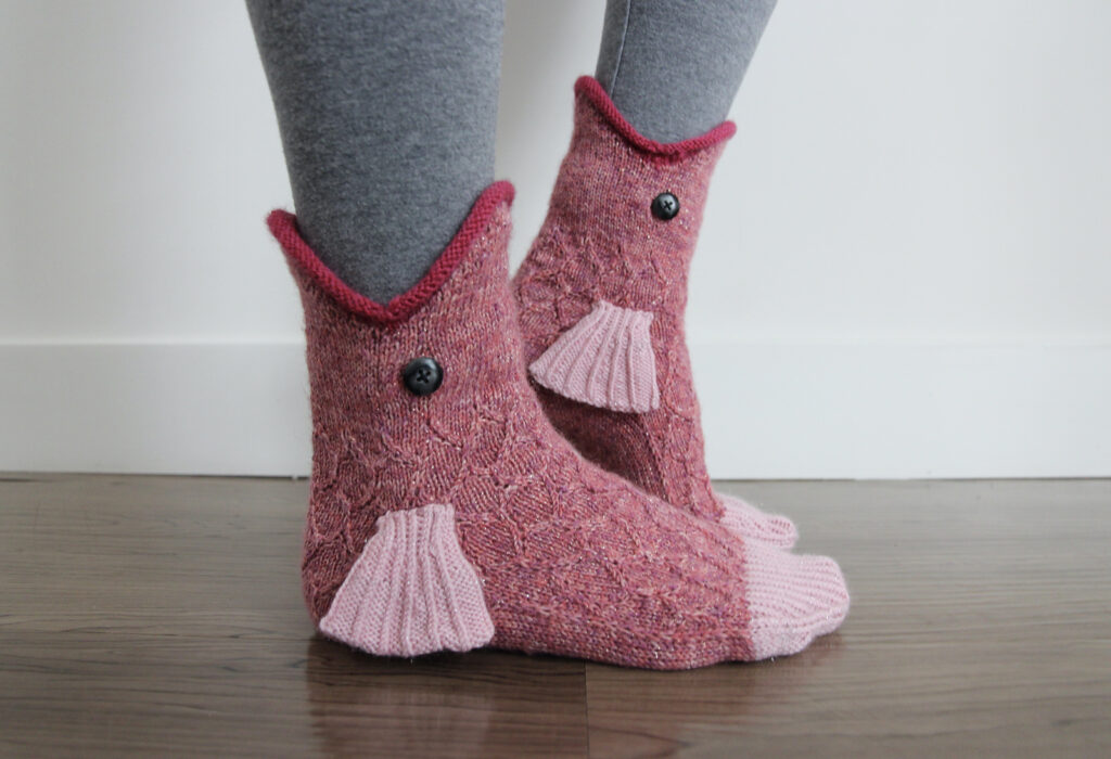 Here Fishy, Fishy, Fishy ... This Free Catch of the Day Sock Pattern By Emma Bermudez Is a Must Make!
