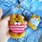Crochet a Cute Kitty-Cat Amigurumi Brooch