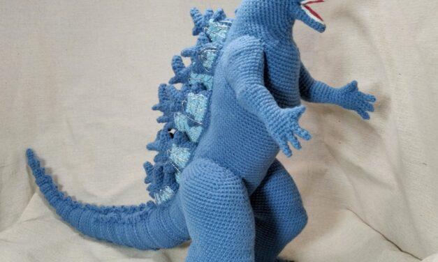Crochet a Twenty Inch Godzilla Amigurumi … Who Will Win The Battle Against King Kong?