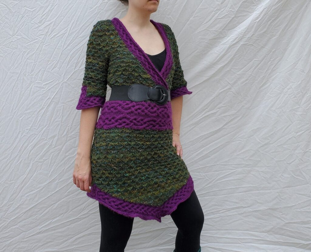 Knit a Gorgeous Wild Girl of the Wood Tunic Dress ... The Cable-Knit Waistband Looks So Good!