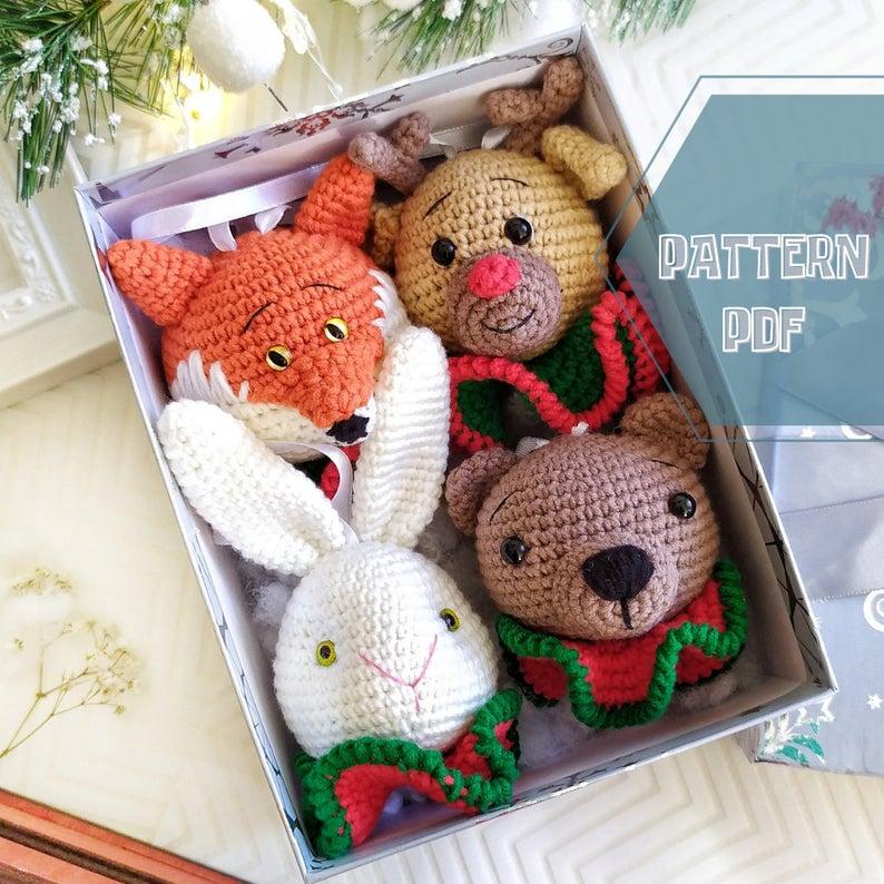 crochet patterns designed by designed by Evgeniya of Your Happy Toys #crochet