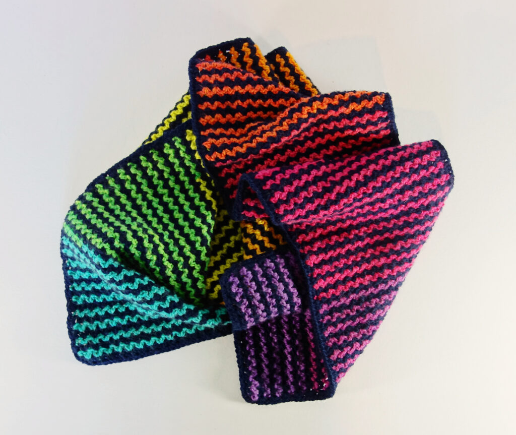 It's Crochet ... Really, It's Crochet! Frankie Brown's New Lazy Vee Scarf Looks Knitted! What A Tricky Trickster!