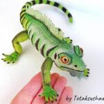 Incredible Iguana Amigurumi … I'll Say It Again, Realistic Reptile is an UNDERSTATEMENT!