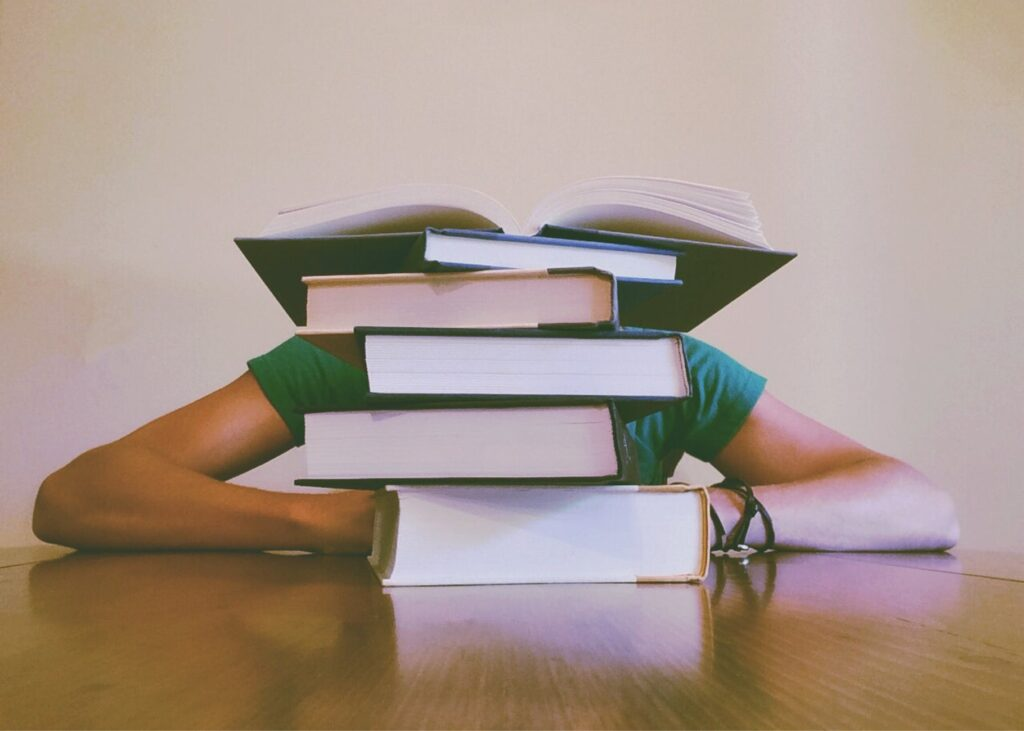 8 Ways to Be Organized for Online Studying