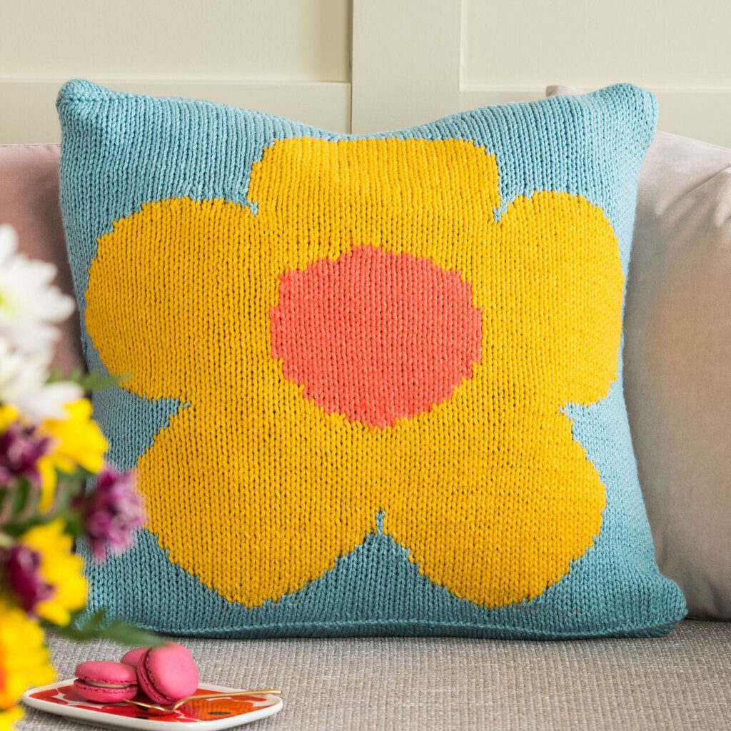 Gorgeous and the Pattern is FREE ... Crochet a Stunning C2C Pop Art Flowers Afghan Or a Dazzling Bloom-Inspired Pillow