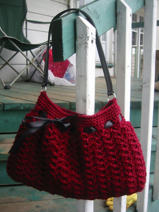 Christmas In July ... Crochet a Stylish Nordstrom Hobo Bag Designed By Dao Lam
