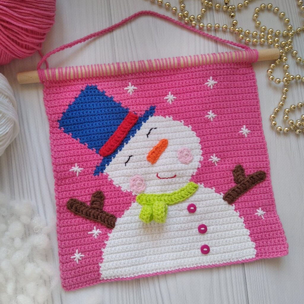 Christmas In July … Cute Wall Hangings For The Holiday Season, Featuring Rudolph and Frosty!