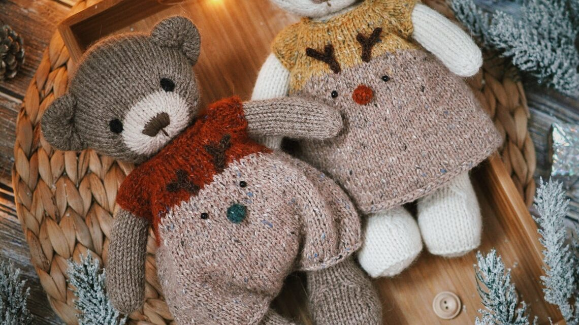 Christmas In July … Knit A Cute & Cuddly Christmas Bear For Your Favorite Little