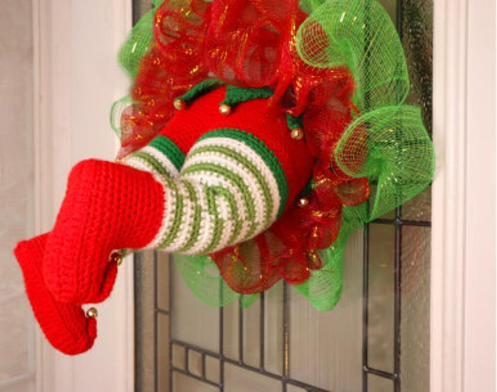 Christmas In July ... Crochet An 'Elf Stuck in My Wreath' For Silly Holiday Fun!