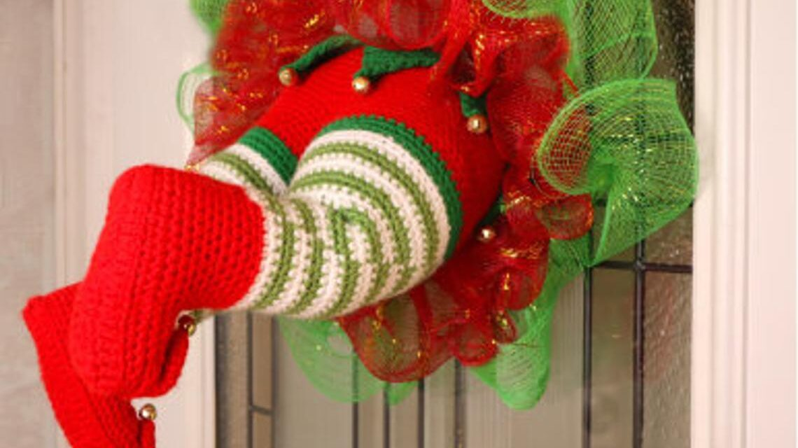 Christmas In July … Crochet An 'Elf Stuck in My Wreath' For Silly Holiday Fun!