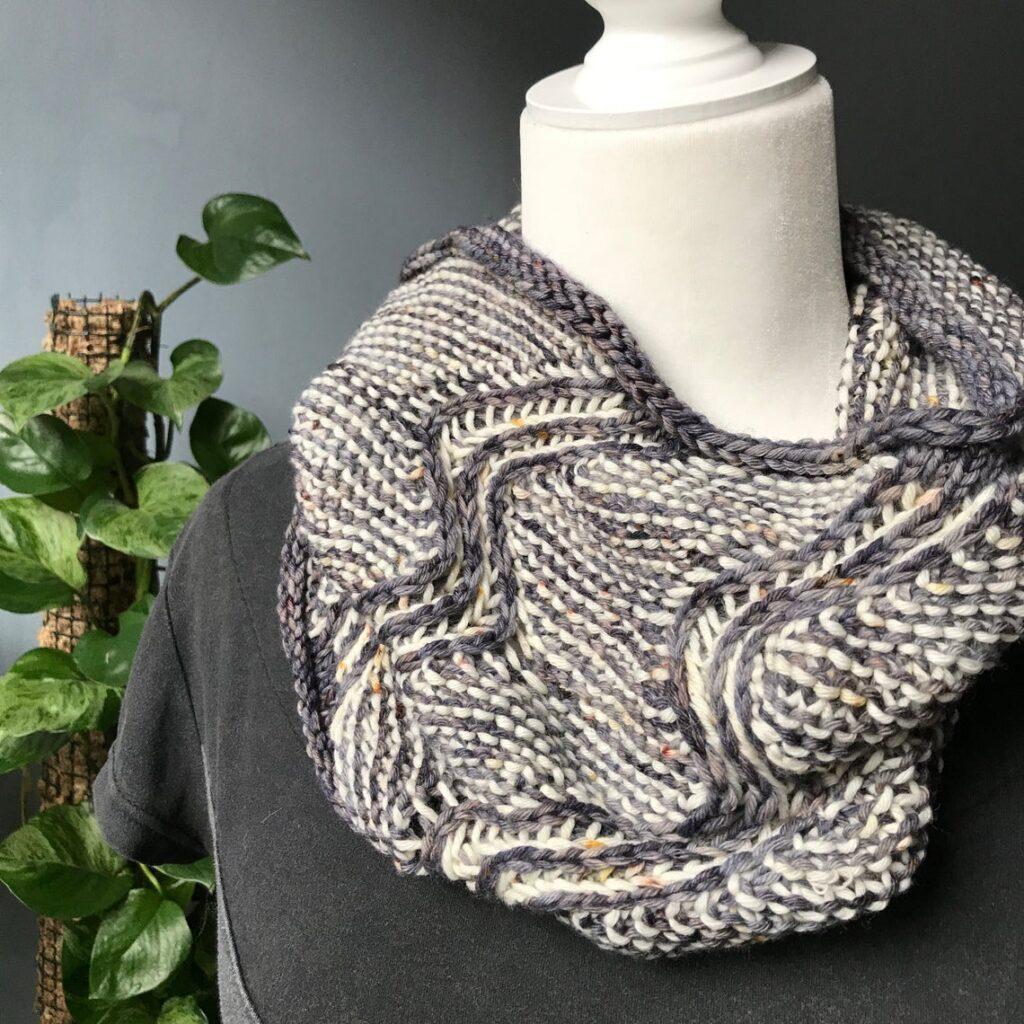 Knit An Off The Map Cowl Designed By Jessie Ksanznak ... It's Ziggy Zaggy Fun!