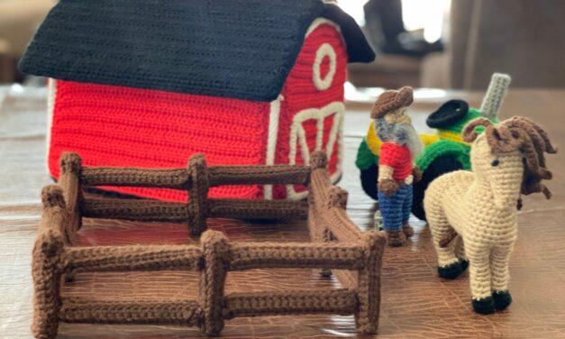 Christmas In July … Crochet A BIG RED Barn, Pattern By Robin Gribbin