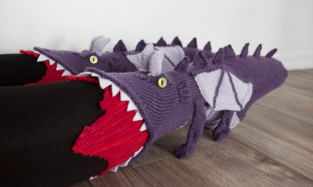 Forget Fish Socks, Here Be Dragons, Your New Favorite Novelty Sock Pattern