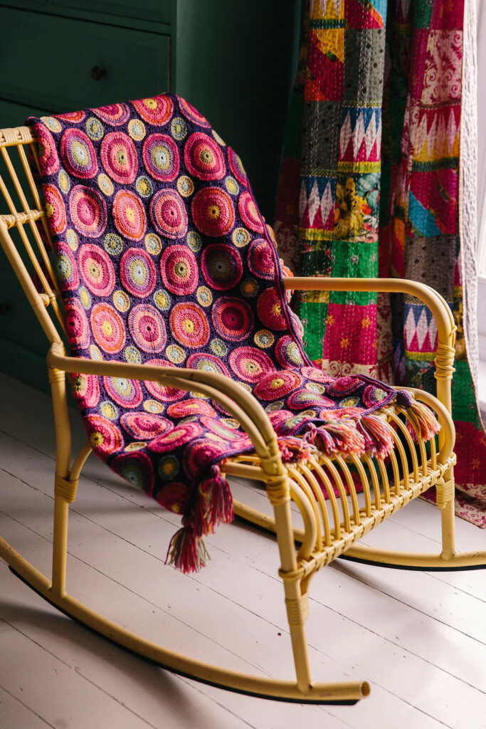 Everyone Loves Janie Crow's 'Magic Circles' Afghan Pattern ... Level Up Your Vision Of An Heirloom Project