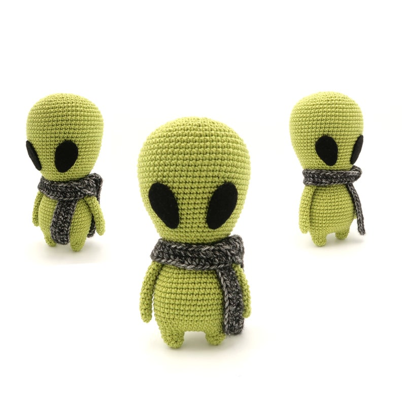 Crochet An Alien Amigurumi ... The Truth Is Out There.