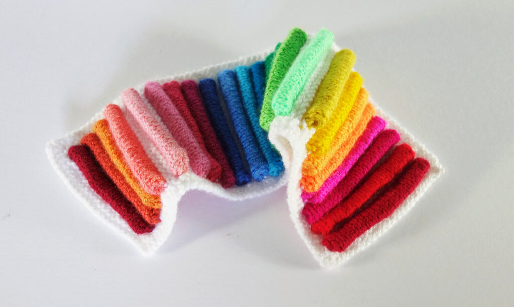 Knit A Rainbow Strip Wall Hanging ... Learn Frankie Brown's Color Pop Technique!