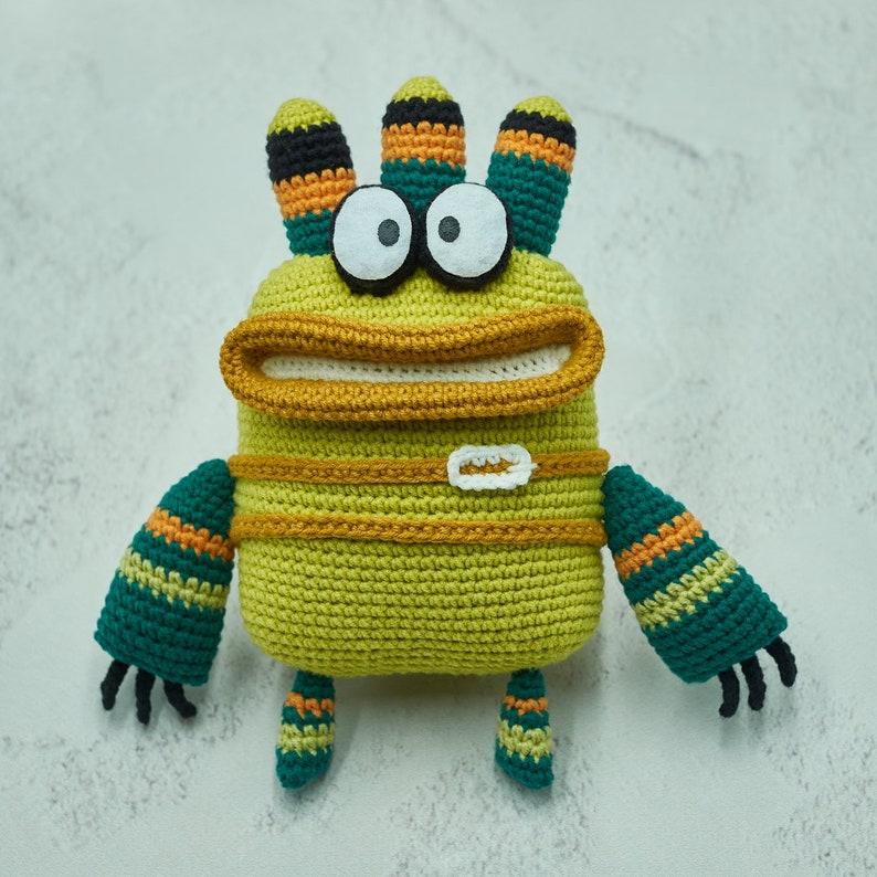 crochet patterns designed by designed by Natasha of aNZeesCraft #crochet #amigurumi