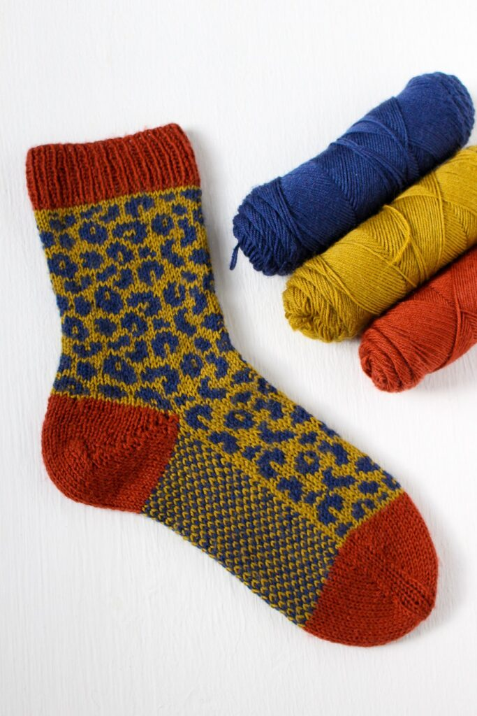 Knit a Pair Leopard Socks ... The Definition of Awesomesocks!